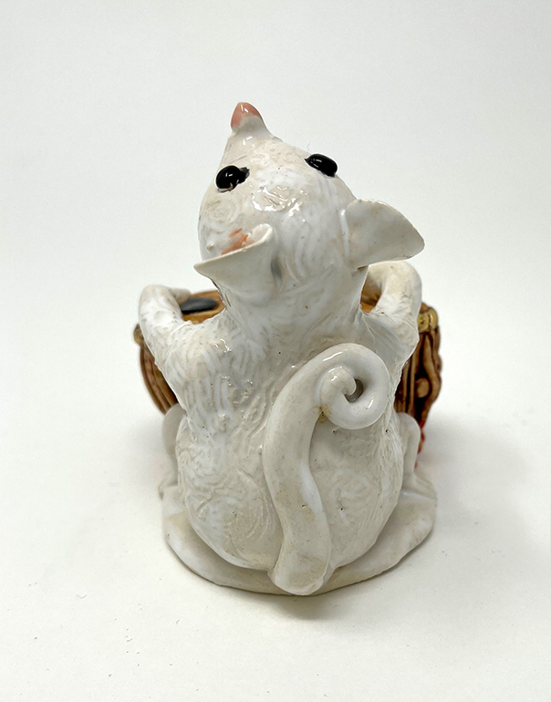 Brigitte Saugstad Mouse -12 ceramic statue, sculpture, idol, figurine C