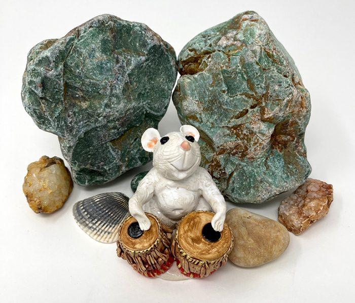 Brigitte Saugstad Mouse -12 ceramic statue, sculpture, idol, figurine F