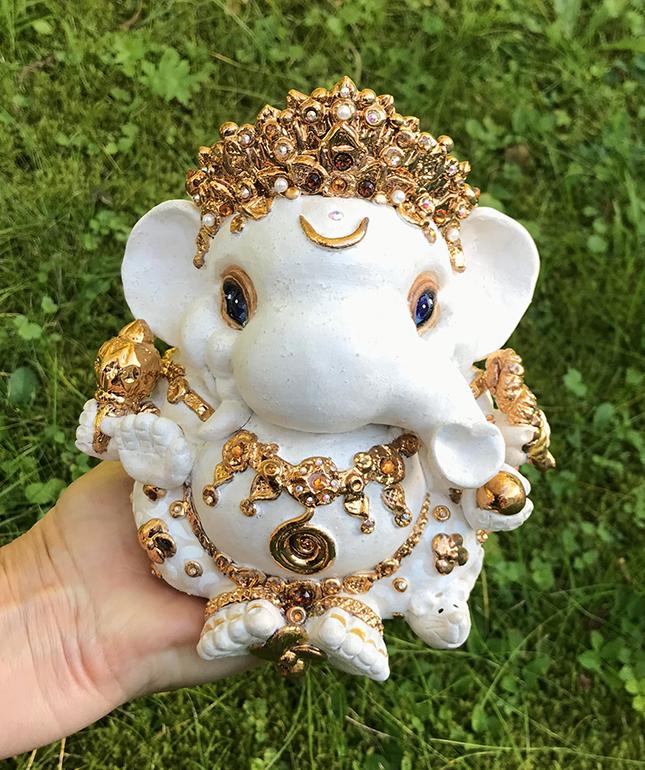 Brigitte Saugstad Ganesha Royal-10 13x14x12 G