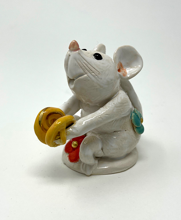 Brigitte Saugstad Mouse -11 ceramic statue, sculpture, idol, figurine B