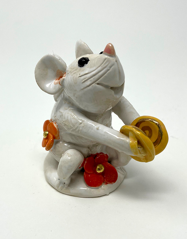 Brigitte Saugstad Mouse -11 ceramic statue, sculpture, idol, figurine D