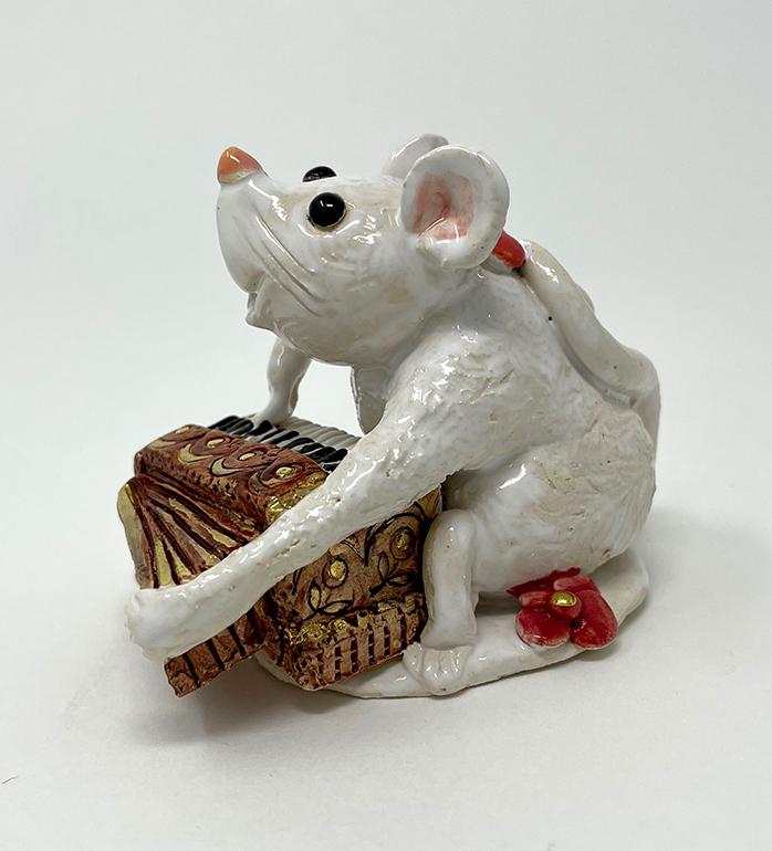 Brigitte Saugstad Mouse-8 statue, sculpture, figurine, mouse -E