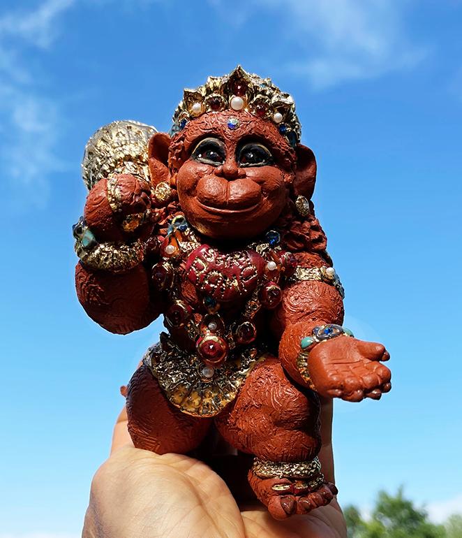 Brigitte Saugstad Hanuman Royal-12 ceramic statue, sculpture, idol, figurine, monkey A