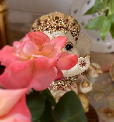 Brigitte Saugstad peek-a-boo Ganesha